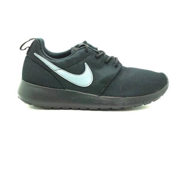 official photos b9990 412c8 KIDS Nike Roshe 1 Black/ Cool Grey Size 4
